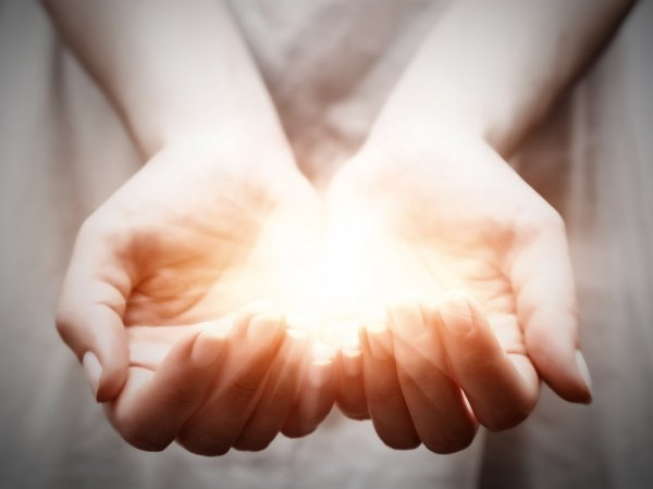 ENLIGHTENED SIGHT AND GENEROUS GIVING